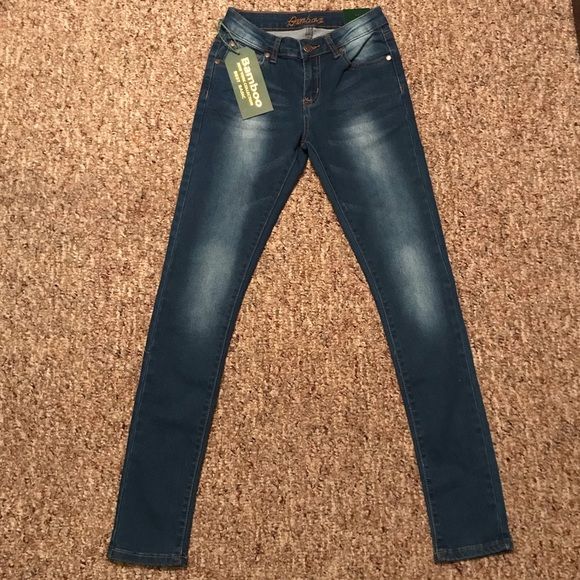 f2df88eb61c653 BAMBOO Jeans   Junior   Poshmark